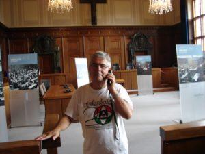 Na Sala 600 do Xuízo de Núrenberg