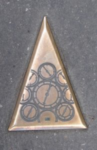 Os reloxos parecen ser o símbolo de Besançon (XMLS)