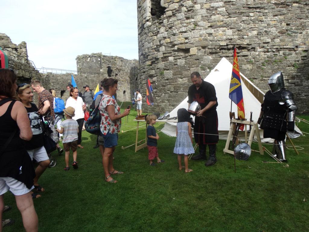 Xogos didácticos medievais no castelo de Beaumaris (XMLS)
