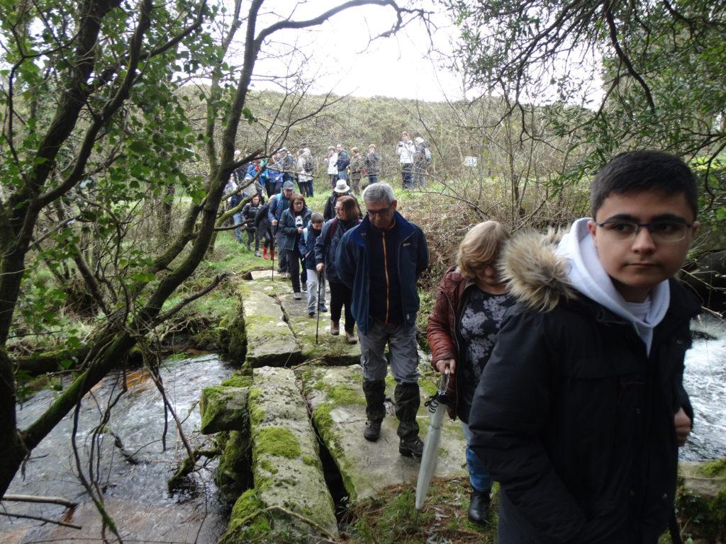 3. Paso dos excursionistas pola pontella do Rabiñoso (XMLS)