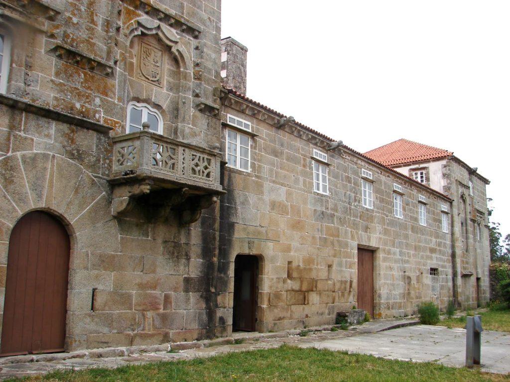 As Torres do Allo, considerado o primeiro pazo galego (foto X.Mª Lema)